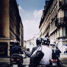 Quand un #lillois se balade à #paris / retour sur 2017 ... #igerslille#igersfrance#igersparis#street#streetphotography#picoftheday#people#nikonfr#lesphotographes#photooftheday#throwback#sky#architecture