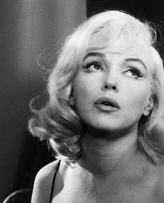 @ethan1960/movie / Twitter Marilyn Monroe Quotes, Marylin Monroe, Vintage Movie Stars, Vintage Movies, Feminist Movement, Instagram Bio, Norma Jeane, Old Tv, Frases
