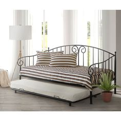 Furniture of America Traditional Link Spring Wrought Iron Style Daybed with Trundle (