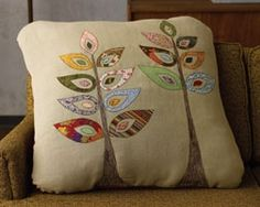 Easy Applique in 4 Simple Steps - Love this Tree Design/Idea