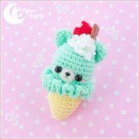 "Keychain ""Crochet ice-cream bear"" green"