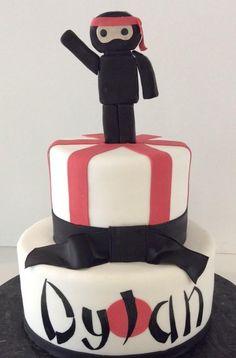 Ninja Cake | Gallery | Sugar Divas Cakery | Orlando | Cupcakes | Custom Cakes  Www.sugardivascakery.com