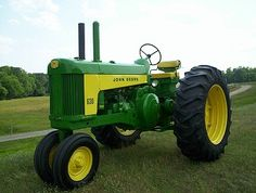 """EdgefieldDaily.com l """"Old tractors are like old friends...You don't give them up because they slow"""""""