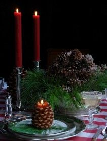 Classic Christmas design from Carolyne Roehm: http://carolyneroehm.com/2012/12/14/classic-christmas/