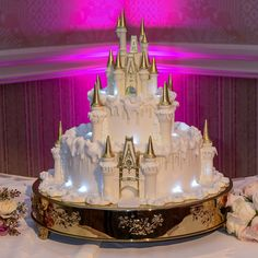 Wedding Cake Wednesday: Wintertime at Cinderella Castle | Disney Weddings