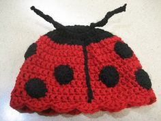 crochet Pattern for a ladybug hat!