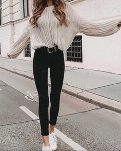 32 Charming Fall Street Style Outfits Inspiration to Make You Look Cool this Sea. - 32 Charming Fall Street Style Outfits Inspiration to Make You Look Cool this Season Source by tobieboleyad - Cute Fall Outfits, Winter Fashion Outfits, Look Fashion, Stylish Outfits, Warm Winter Outfits, Fashion Spring, Winter Clothes, Womens Fashion, Fashion Trends