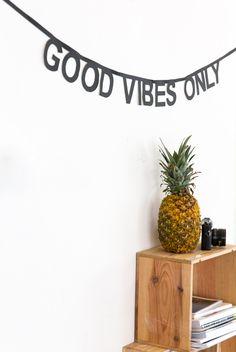 DIY: Haz tu propia guirnalda de letras | El blog de Laücreativa