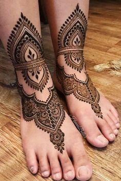 Ring Mehndi Design, Arabic Bridal Mehndi Designs, Cool Henna Designs, Full Mehndi Designs, Mehndi Designs Feet, Mehndi Designs For Beginners, Dulhan Mehndi Designs, Henna Tattoo Designs, Mehndi Desing