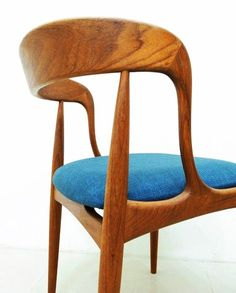 Johannes Andersen; Detail of a teak chair for Uldum Møbelfabrik, 1965. Source: http://www.pinterest.com/jorylu/chaired/