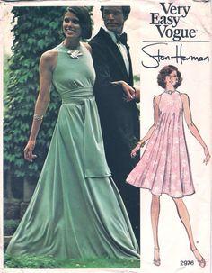Vintage Pattern V2976