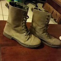 Brown Boots Good condition Shoes Combat & Moto Boots
