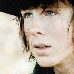 I LOVE the waking dead. Carl's my favorite. :) and of course, who couldn't love Daryl
