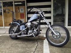 Custom Motorcycles, Cars And Motorcycles, Old School Chopper, Chopper Motorcycle, Harley Davidson Bikes, Cool Bikes, Bobber, Motorbikes, Choppers