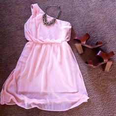 One shoulder dress An adorable one shoulder dress from Forever21. Perfect for anytime of the year, a soft pink shade makes this dress the right amount of feminine. Zips up on the side with crystal studded detail. Size large, only worn once for a wedding! Excellent condition. Forever 21 Dresses One Shoulder