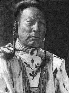 "Niukskai-Stamik - ""Three Bulls"" - Blood Blackfoot - By Edward S. Curtis - 1926"