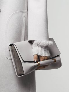 Nina Ricci Fall 2014 #bag #accessories #white #totallook #minimal #style #glam The Glam Pepper