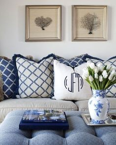 Southern Royalty: Blue & White Living Rooms