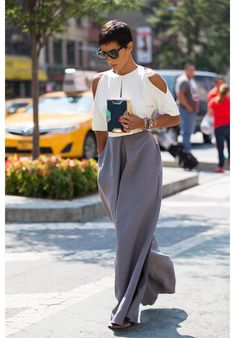 Streetlooks à la Fashion Week de New York. Love this. And her haircut is gorge!!