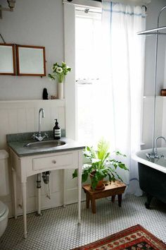A Mix of Old and New in Charleston, SC | Design*Sponge