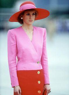 Princess Lady Di. . So elegant!