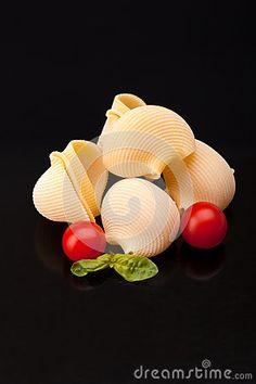 Pasta - Lumaconi And Cherry Tomatoes