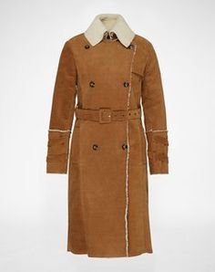 Corduroy coat: 'Kiki' from Pepe Jeans. Click on the picture to get the product ♥︎