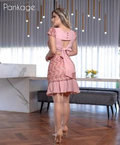 Pin by Gisela Santos on Womens fashion in 2019 Sexy Outfits, Chic Outfits, Sexy Dresses, Casual Dresses, Fashion Outfits, Womens Fashion, Latest African Fashion Dresses, African Print Fashion, Lace Dress Styles