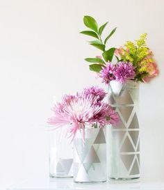 A Geometric Glass Vase - Homeology Modern Vintage