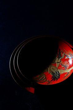 In Love with Japan Traditional Japanese Art, Japanese Design, Nagoya, Yokohama, Kyoto, Black Backgrounds, Colorful Backgrounds, Buda Zen, Art Asiatique