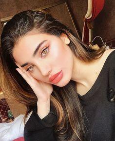 Helpful Eye makeup looks! Beautiful Eye Makeup Designs - Make-up Beautiful Eye Makeup, Simple Eye Makeup, Makeup For Green Eyes, Natural Makeup Looks, Beautiful Eyes, Make Up Looks, Beauty Make-up, Hair Beauty, Make Up Designs
