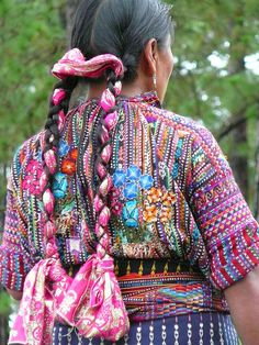 South America | Portrait of a Mayan woman wearing traditional clothes and braided hair, Guatemala | © Gypsee #braids