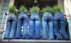 : Клумбы из джинсов