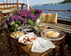 Seattle Sightseeing Dinner Cruise Enjoy a Private Dinner Cruise on Lake Washington in a Classic Yacht