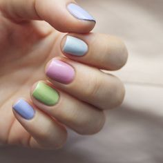 Perhaps you have discovered your nails lack of some fashionable nail art? Sure, lately, many girls personalize their nails with lovely … New Year's Nails, Hair And Nails, Winter Nails, Spring Nails, Cute Nails, Pretty Nails, Nail Art Designs, Multicolored Nails, Uñas Fashion