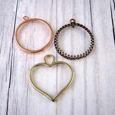 Decorative Metal Disc Frames  Heart or by glasstastictreasures (Craft Supplies & Tools, Jewelry & Beading Supplies, Findings & Hardware, metal disc frames, brass heart, shiny copper, ornate copper, antiqued, embelishment, circle, hand stamped, supply, destash sale)