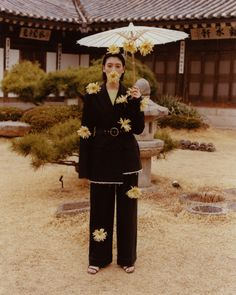 'A destined meeting Ayaka Miyoshi, the limitless girl.' Photography by Cho GiSeok Editorial Shoot, Editorial Fashion, Aesthetic Photo, Aesthetic Pictures, Flower Fashion, Fashion Art, Creative Photography, Portrait Photography, Photoshoot Concept
