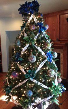 Opulent Ornaments - Christmas Tree