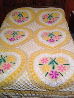 Vintage Chenille Bedspread Pink Blue Yellow Flowers Cutter Fabric AS IS Full Sz Vintage Bedspread, Vintage Textiles, Southern Living Homes, Chenille Bedspread, Granny Chic, Cozy Blankets, Queen Size Bedding, Beautiful Bedrooms, Bed Spreads