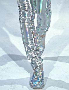 #retrofuturism Metropolis futuristic (trend, designer, fashion, runway, designers, detail)