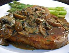 chops with mushrooms veal chops with mushrooms from : we had this for a quick dinner served with ry quick and easy Rosemary Recipes, Veal Recipes, Cooking Recipes, Veal Cutlet, Stuffed Portabello Mushrooms, Chops Recipe, Healthy Eating Tips, Mushroom Recipes, Gratin
