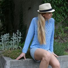 The Brick Road Seamless Sideways Sweater is a beautiful free knit sweater pattern. Summer Knitting, Free Knitting, Sweater Knitting Patterns, Knit Patterns, Easy Knitting Projects, Summer Patterns, Sweaters For Women, Knit Sweaters, Cardigans