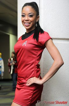 Cool Stuff We Like Here @ http://CoolPile.com ------- << Original Comment >> ------- Star Trek cosplay