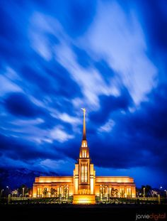 Gila Valley LDS Temple. Photo courtesy of JarvieDigital.com