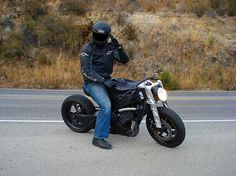 I love custom bikes like this street fighter.