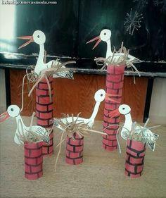 Children's Summer Dresses Free – Patrones de Krazykabbage Preschool Crafts, Easter Crafts, Fun Crafts, Diy And Crafts, Crafts For Kids, Spring Activities, Activities For Kids, Birthday Card Pop Up, Paper Roll Crafts