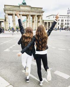 15yrs old || Austria || Travel✈️ Fashion & Videoblogger⠀⠀⠀⠀⠀⠀⠀⠀⠀⠀ Yt || Lisa-Marie Schiffner lisamarie.schiffner@gmail.com