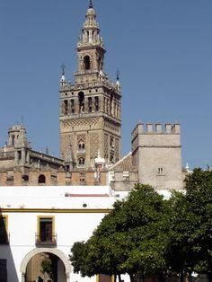 Giralda Seville by Robert Bovington http://bovington-posts.blogspot.com.es/