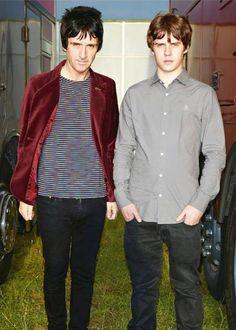 Jake Bugg & Johnny Marr Reading Festival 2O13 backstage NME magazine.