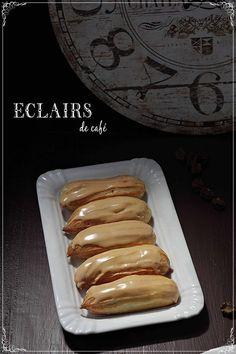 Bakery Recipes, Dessert Recipes, Radio Coffee, Eclair Au Cafe, Kinds Of Desserts, Mini Pies, Hot Dog Buns, Sweet Recipes, Good Food